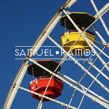 STOCK PHOTOS: Ferris Wheel Ride  [Personal & Commercial Use]