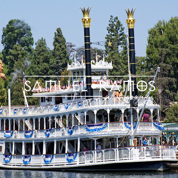 STOCK PHOTOS: Mark Twain Riverboat [Personal & Commercial Use]