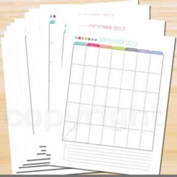 School Year Calendar 2012-2013 Modern Dots with notes section