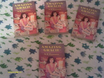 Set of 4 Amazing Gracie by A. E. Cannon