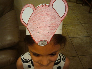 Spanish Dias de la Semana Siete Ratones/Seven Blind Mice Character Hat Patterns