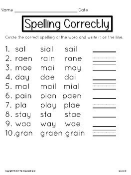 Spelling Correctly Spelling Center-Grade 1-Aligned with Journeys 2017: Units 1-6