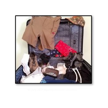 Spring and Summer Clothing Images / Haz tu maleta