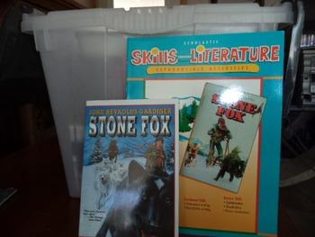 Stone Fox   Skills Through Literature  ISBN043904473-1 (set of 2)