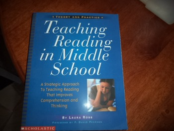 TEACHING READING IN MIDDLE SCHOOL ISBN0-590-68560-0