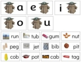 TH013: middle|vowel sound (CVC|phonetic) sorting cards (baby Yoda) (3pgs)