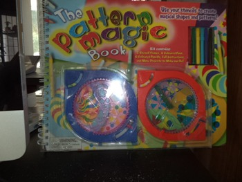 THE PATTERN MAGIC BOOK  ISBN 2-7641-1388-9