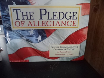 THE PLEDGE OF ALLEGIANCE       ISBN 0-439-39961-0