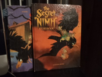 THE SECRET OF NIMH STORYBOOK   ISBN 0-307-96821-9(set of 2)