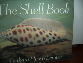 THE SHELL BOOK        ISBN0-395-72030-3