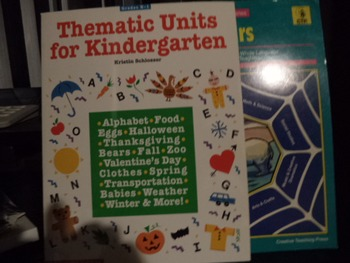 THEMATIC UNITS FOR KINDERGRTEN         (set of 4)