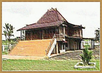 TRADITIONAL HOME 61