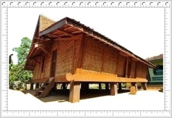 TRADITIONAL HOME CLIV