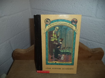The Austere Academy  ISBN 0-439-36552-X