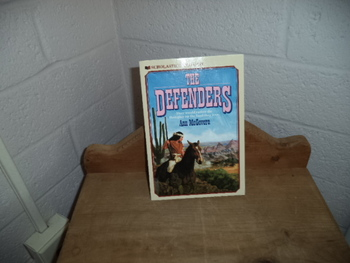 The Defenders ISBN 0-590-43866-2