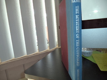 The Mystery of the Cupboard ISBN 0-688-12138-1