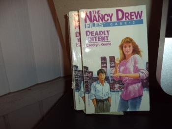 The Nancy Drew Files ISBN 0-671-64393-2 (Set of 2)