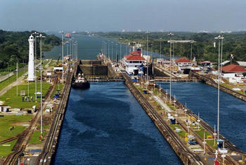 The Panama Canal  - Text and Exercise Sheets