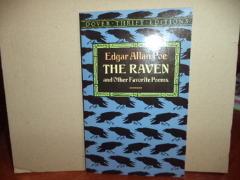 The Raven  ISBN 0-486-26685-0