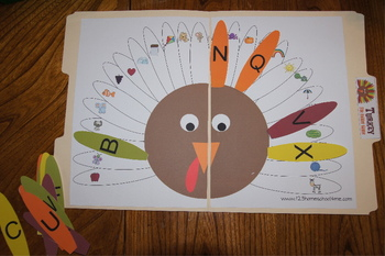 Turkey File Folder Game - Thanksgiving Fun for Kindergarten