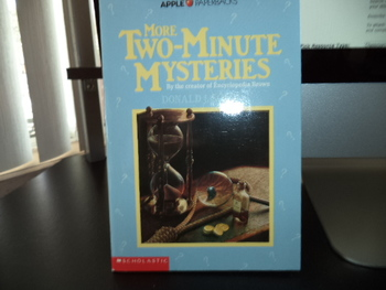 Two-Minute Mysteries ISBN 0-590-44788-2