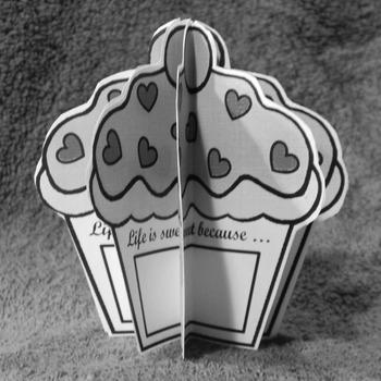 Valentine's Day Art Activities: 3D Valentine Cupcakes Craft Activity