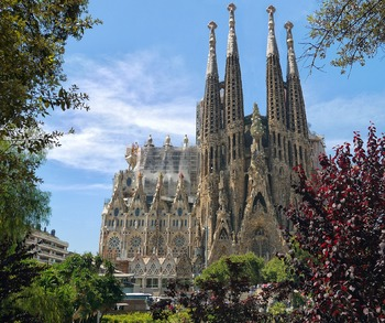 Virtual City Tour: Barcelona!