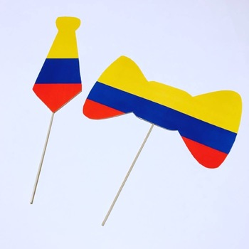 Viva Colombia {Classroom Decor and Photo Booth Props}
