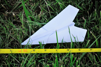 Wingalings - outdoor lesson about Flight using paper airplanes