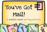 Medial Vowel Sorting Activity {You've Got Mail!}