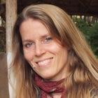 Dr Erica Warren